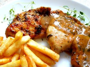 kurczak sos frytki